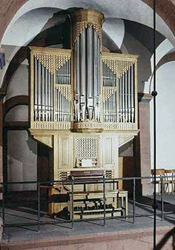 1983 Oberlinger organ in Gotthard Chapel at Mainz Cathedral, Germany