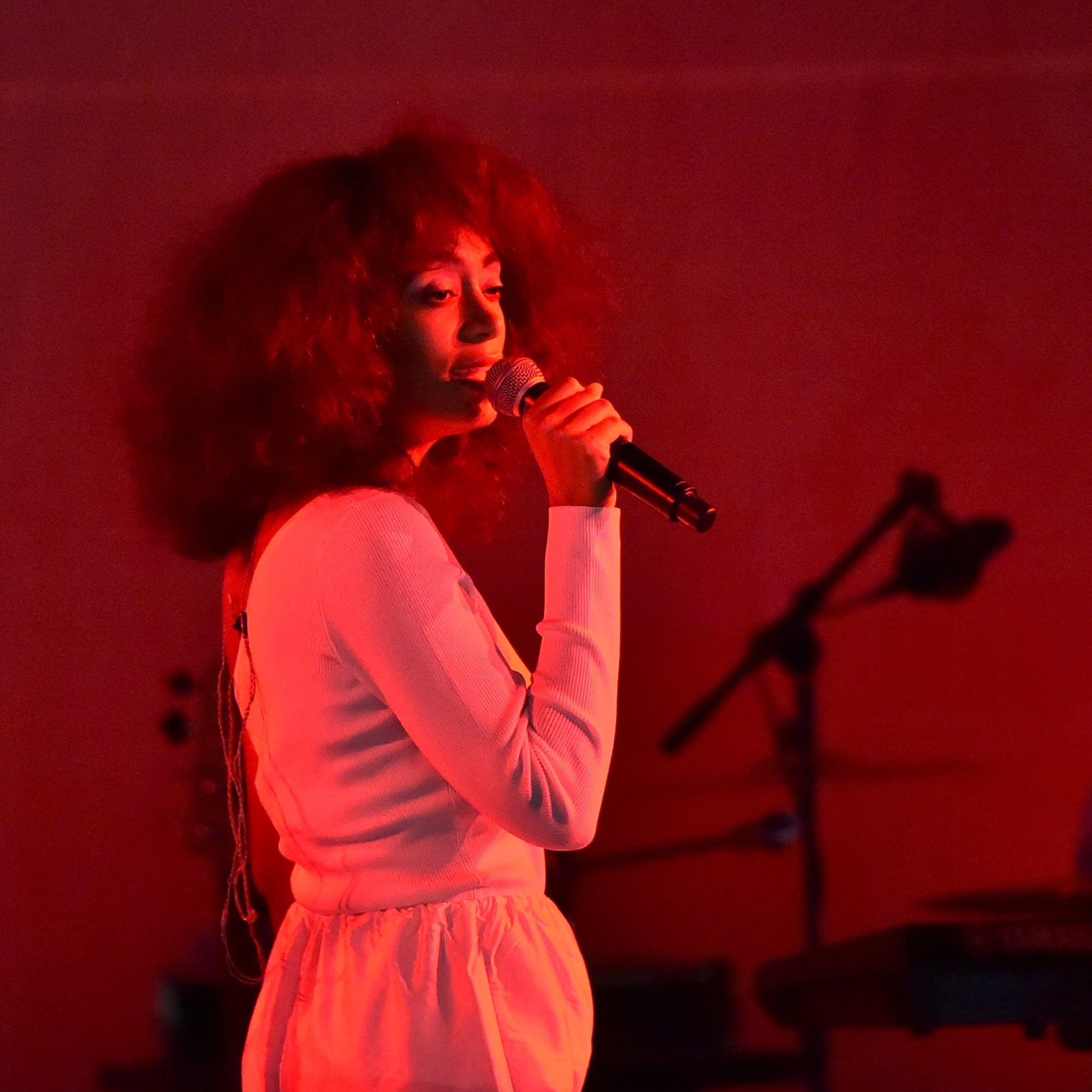 Solange performs