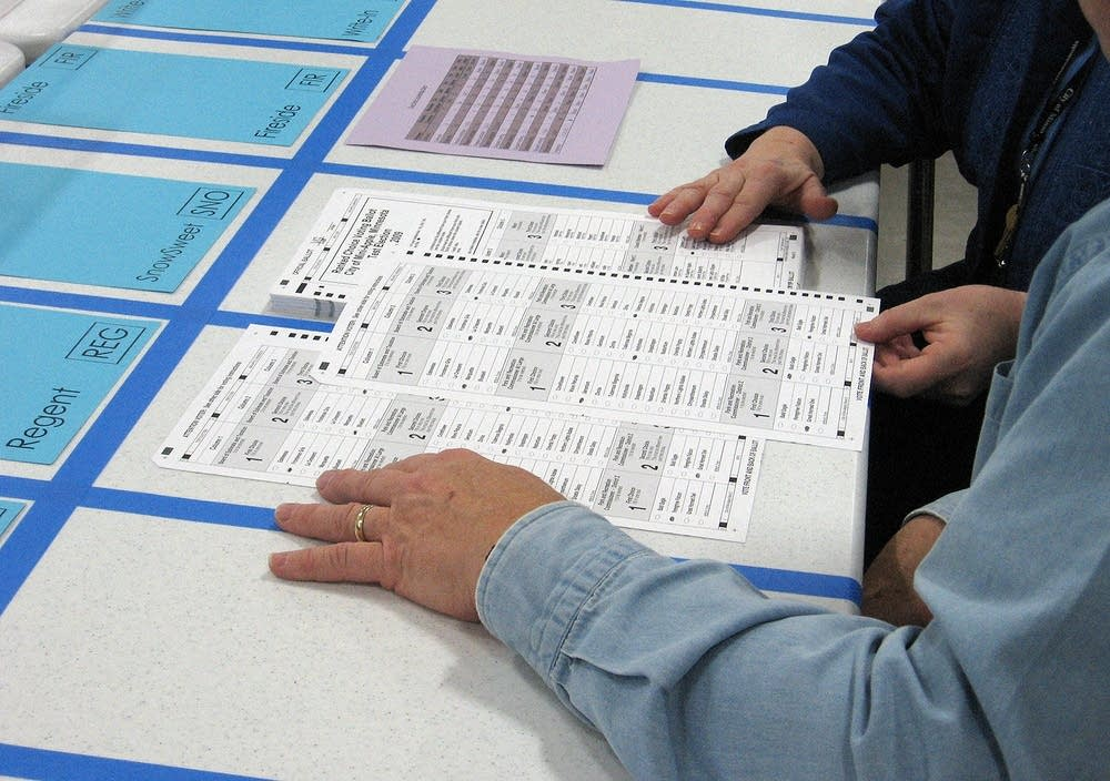 Hand-counting demonstration