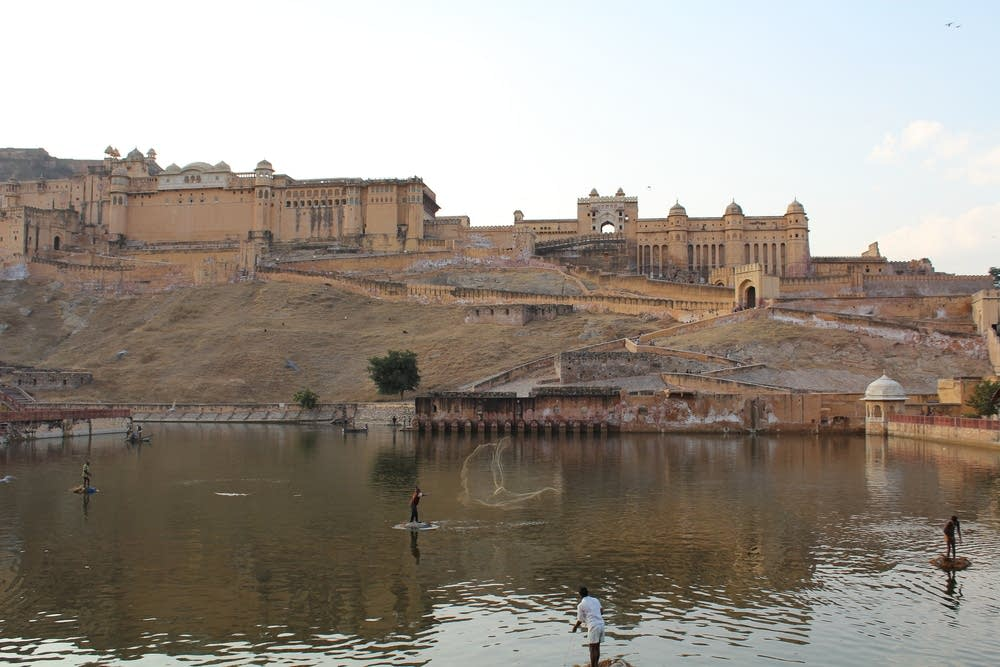 Fishermen, Lake Maota, Amber Fort, Jaipur, India