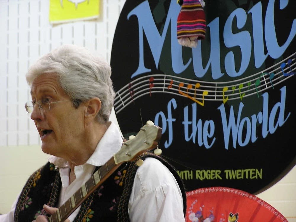 """""""Music of the World"""" with Roger Tweiten"""