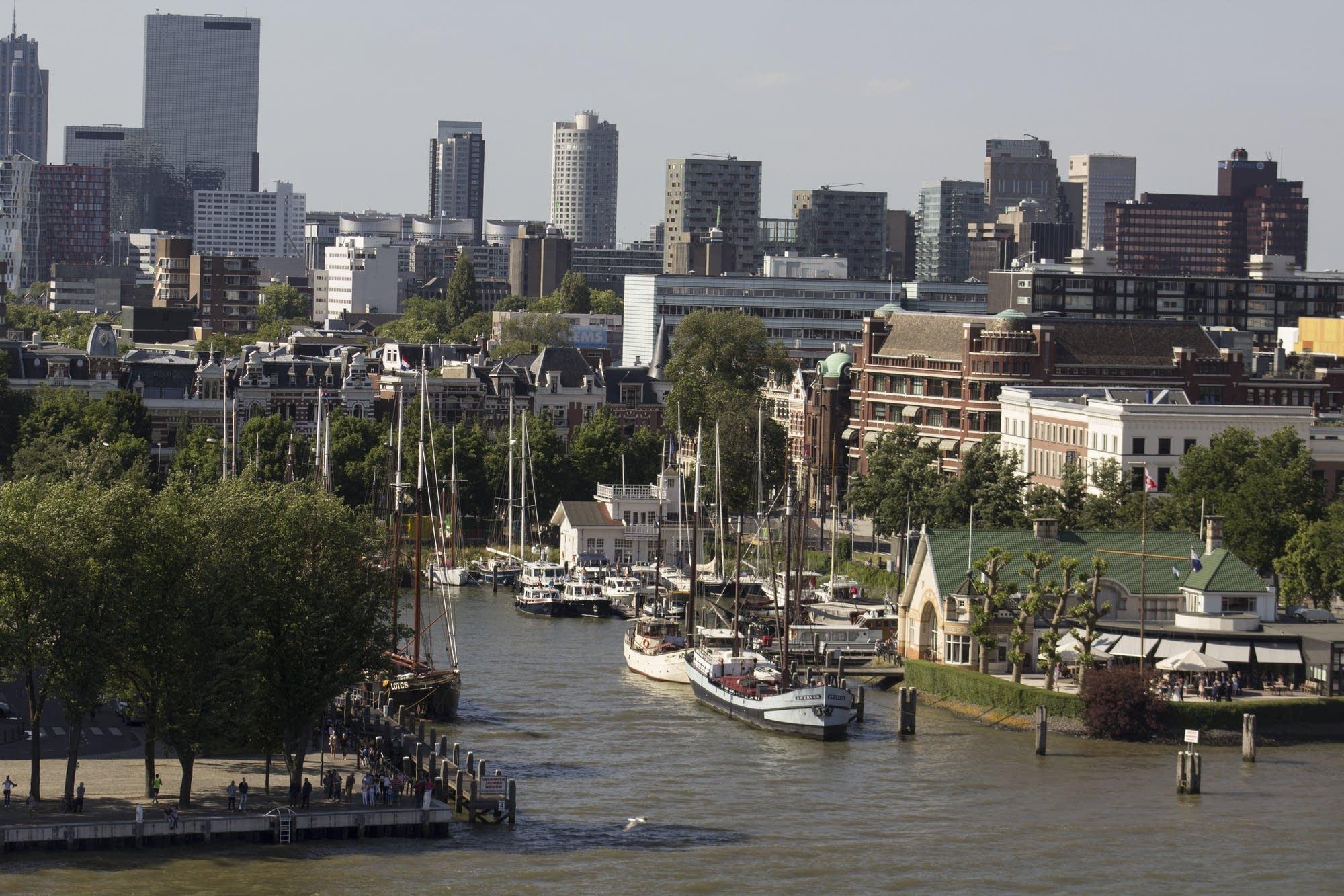 Leaving Rotterdam - ships