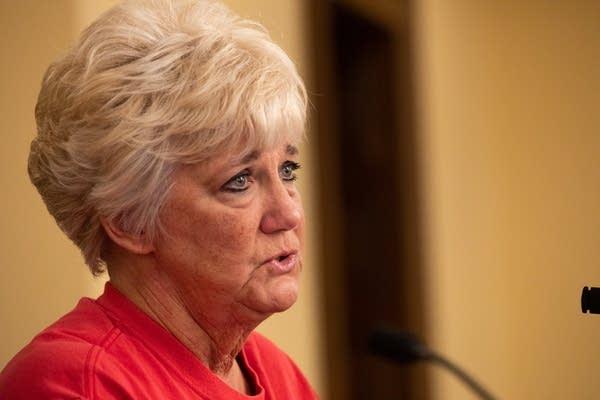 Minnesota Nurses Association President Mary Turner
