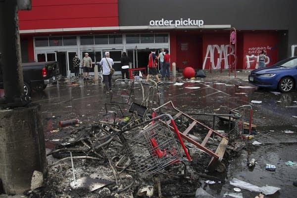 Debris and carts.