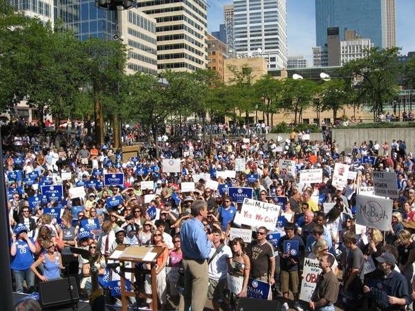 Minneapolis mayor, R.T. Rybak, at an Obama rally