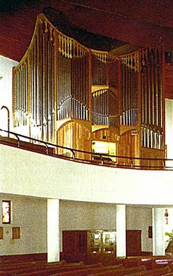 1990 Aquicum organ at Holy Ghost Church, Györ, Hungary