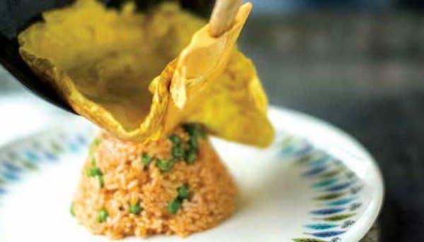 Omu Raisu (Rice Omelet)