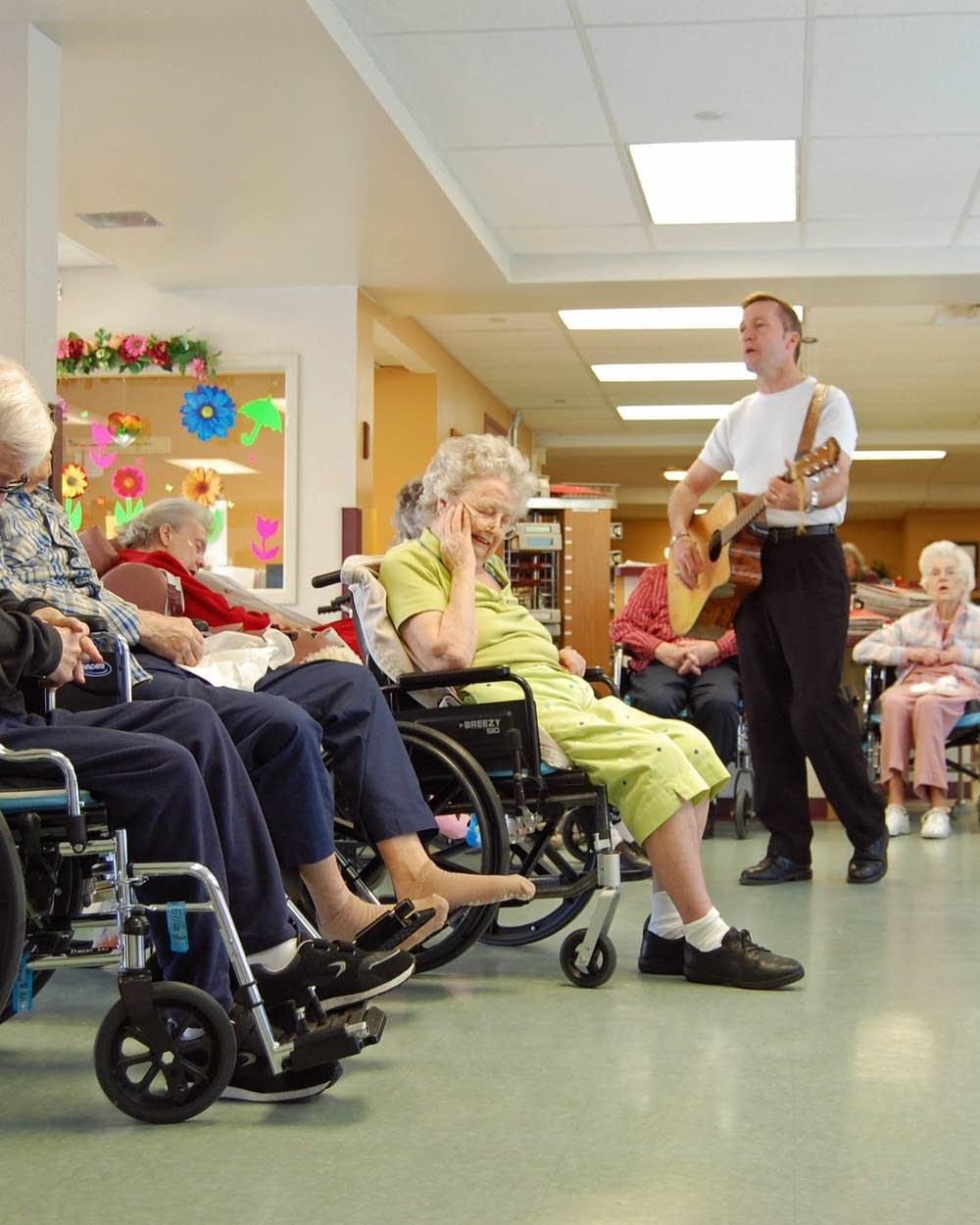 Minnesota S Nursing Homes Face Financial Crisis Mpr News