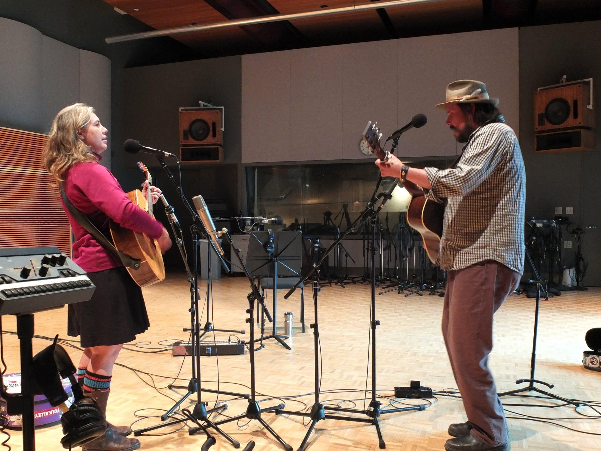 The Small Glories perform at Radio Heartland