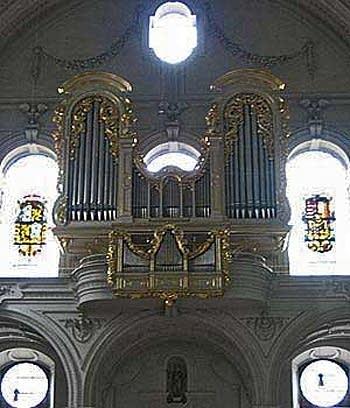 1983 Sandtner organ at Saint Michael's Church, Munich, Germany
