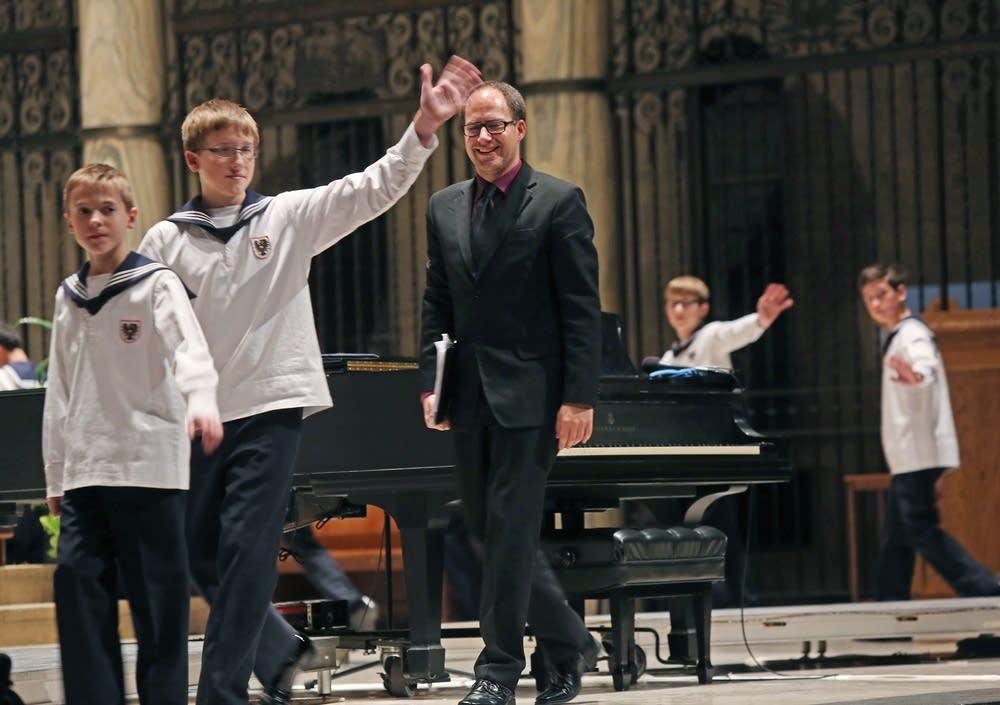 Vienna Boys Choir farewell