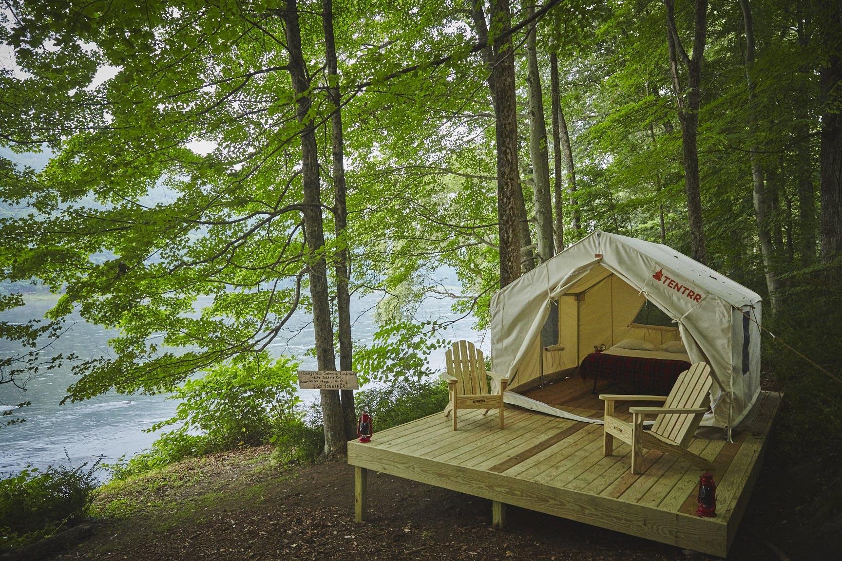 A Tentrr campsite.
