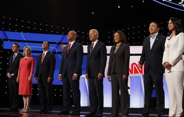Democratic presidential hopefuls before the second debate hosted by CNN