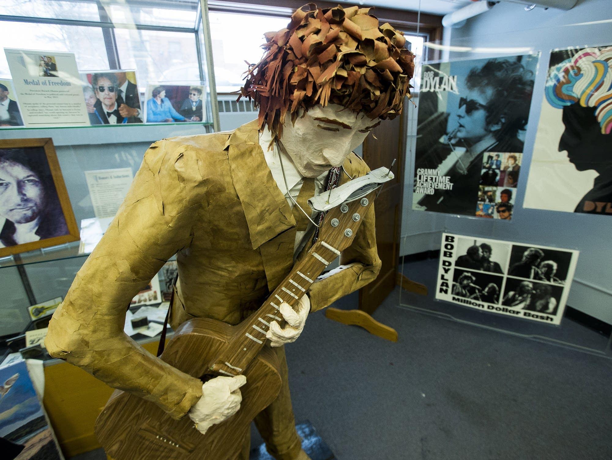 Paper mache Bob Dylan