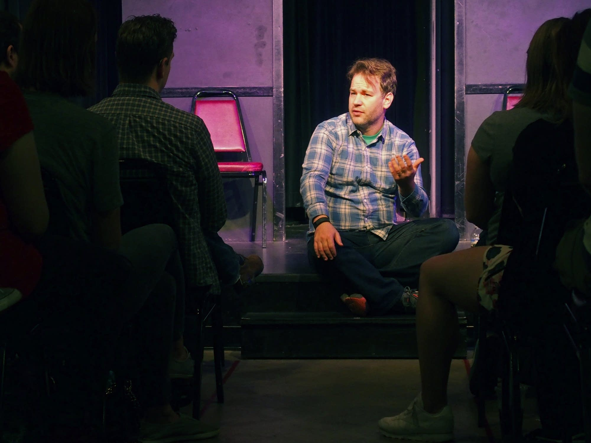 Mike Birbiglia talks to students at HUGE Improv.