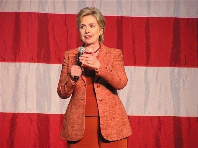 Clinton in Sioux Falls