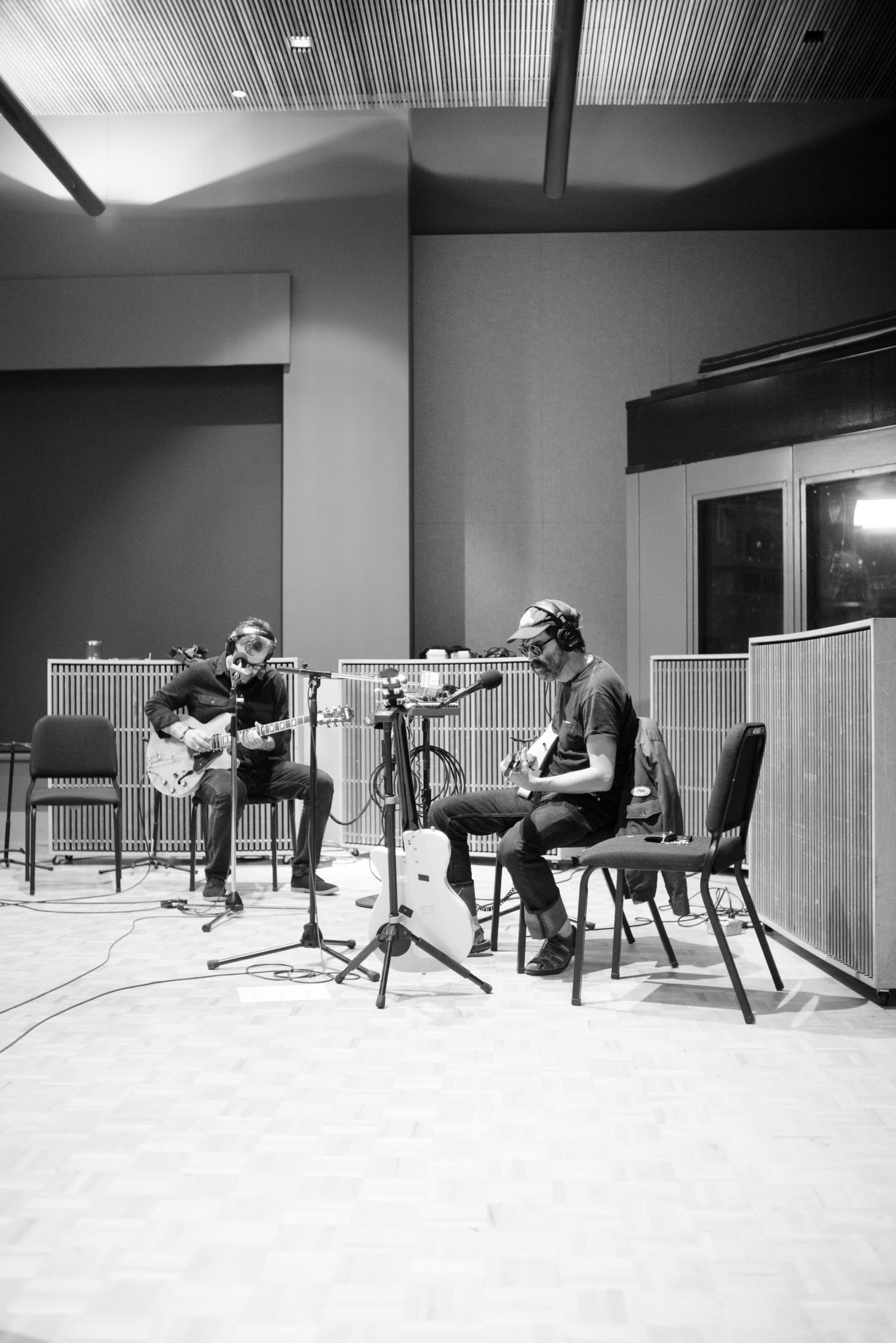 Eels perform in The Current studio