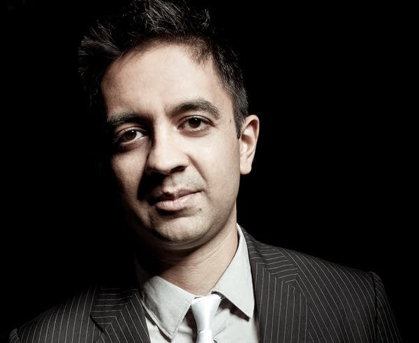 Pianist, composer, and educator Vijay Iyer