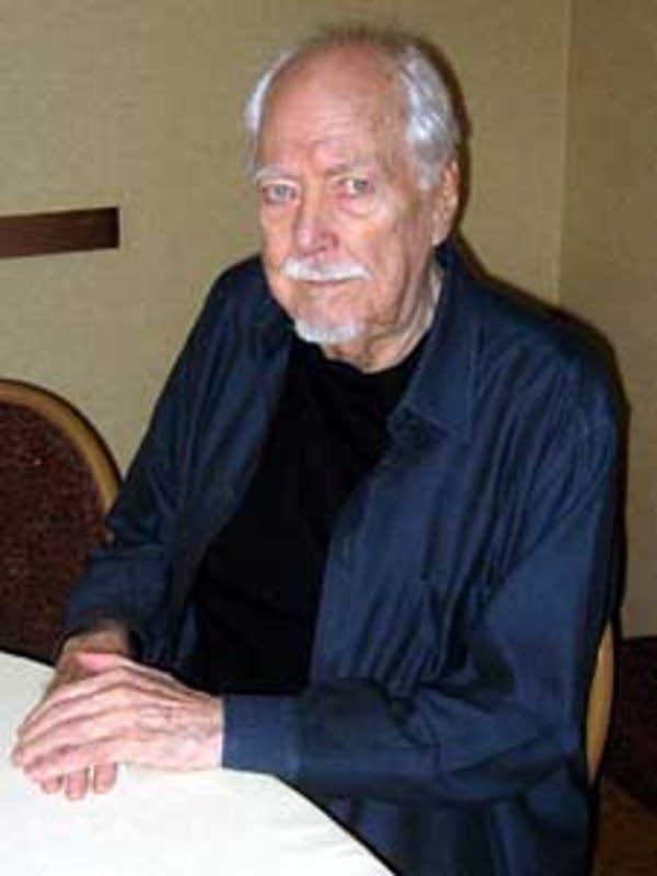 Director Robert Altman