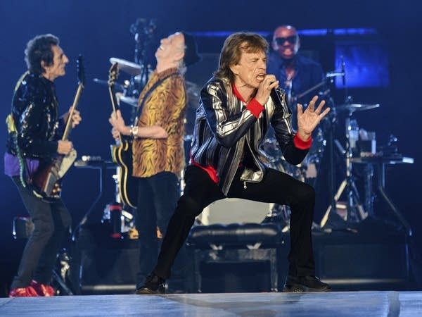The Rolling Stones performing in St. Louis