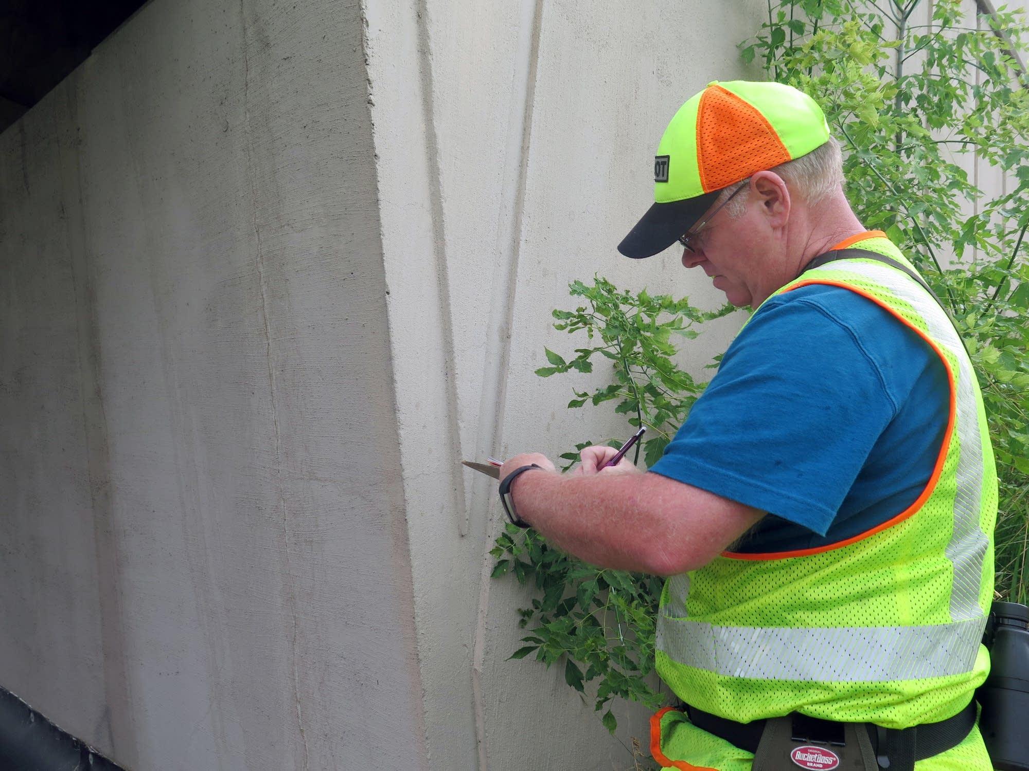 Brad Dumbeck, a MnDOT bridge inspector