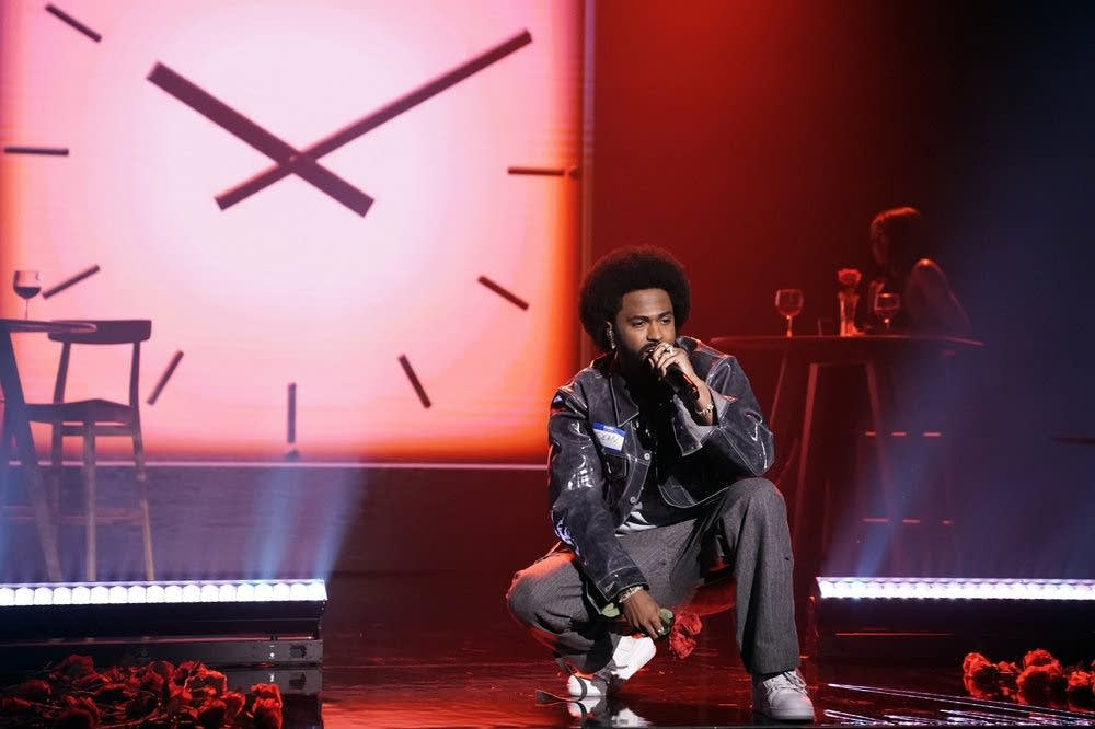 Big Sean performing on 'The Tonight Show Starring Jimmy Fallon'