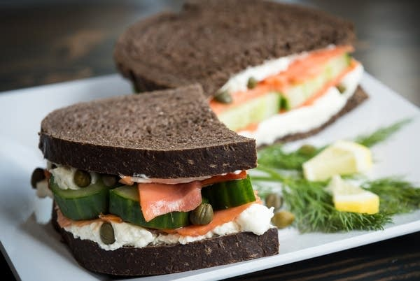 Swing Dancer Sandwich