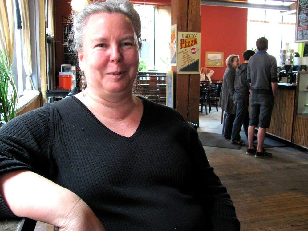 Sara Remke, Black Dog Cafe owner