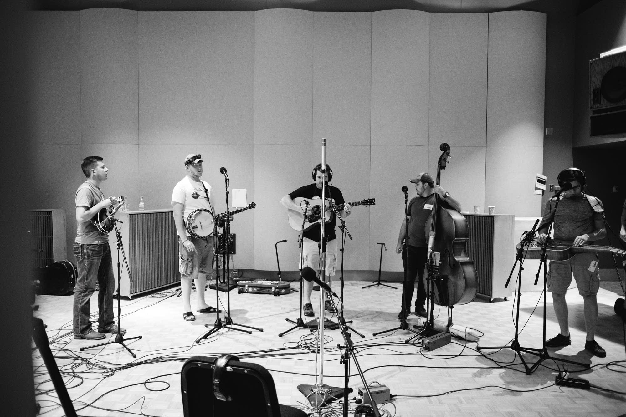 The Clay Hess Band perform at Radio Heartland