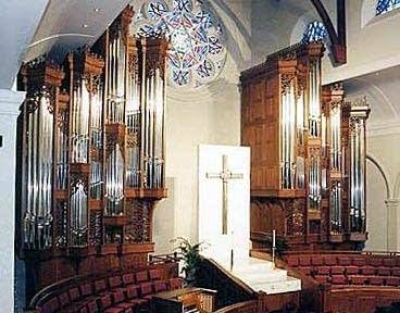 2002 Mander organ at Peachtree United Methodist Church in Atlanta, GA