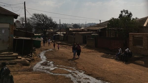 A snapshot of the South African community of Kliptown
