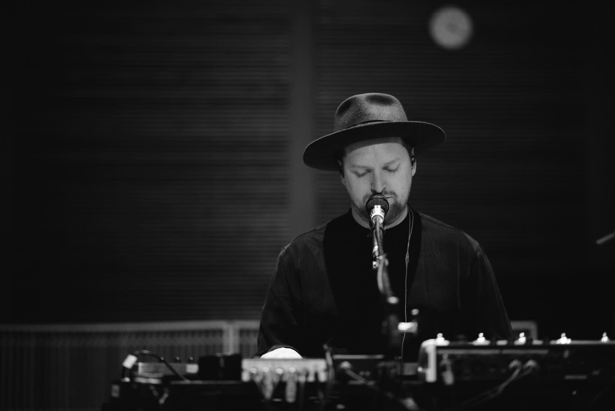 SOHN performs in The Current studio