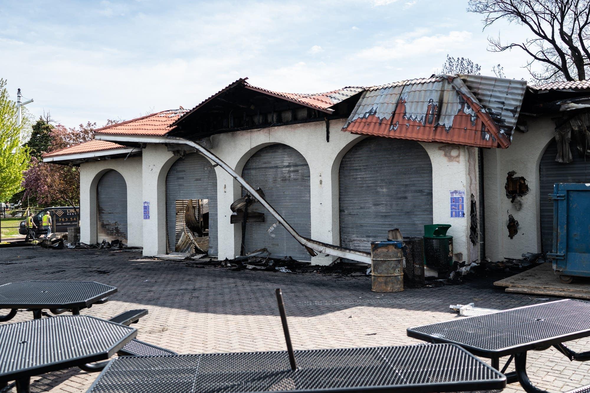 The roof of the pavilion on Bde Maka Ska.