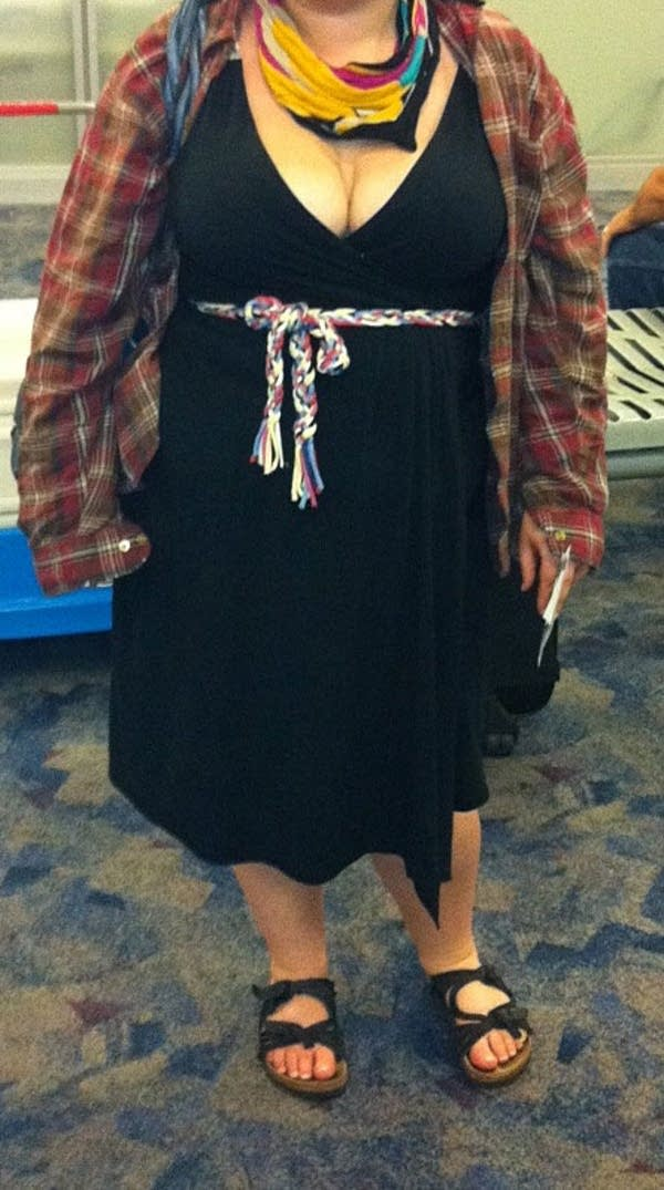Airline's objections to woman's dress