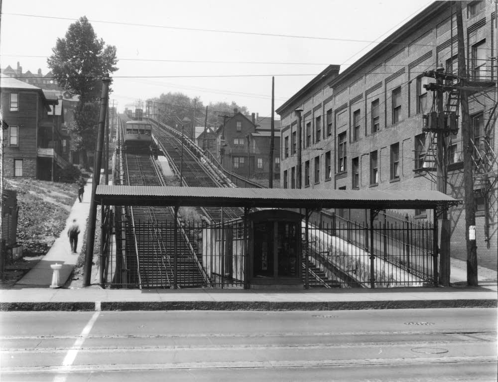 7th Avenue West streetcar