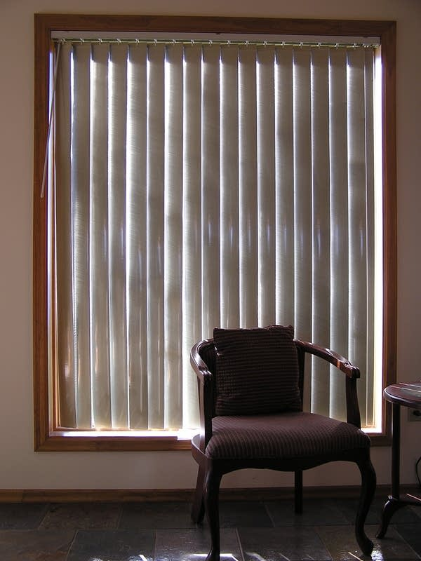 Duluth Man Builds Sells Solar Heating Window Blinds Mpr News