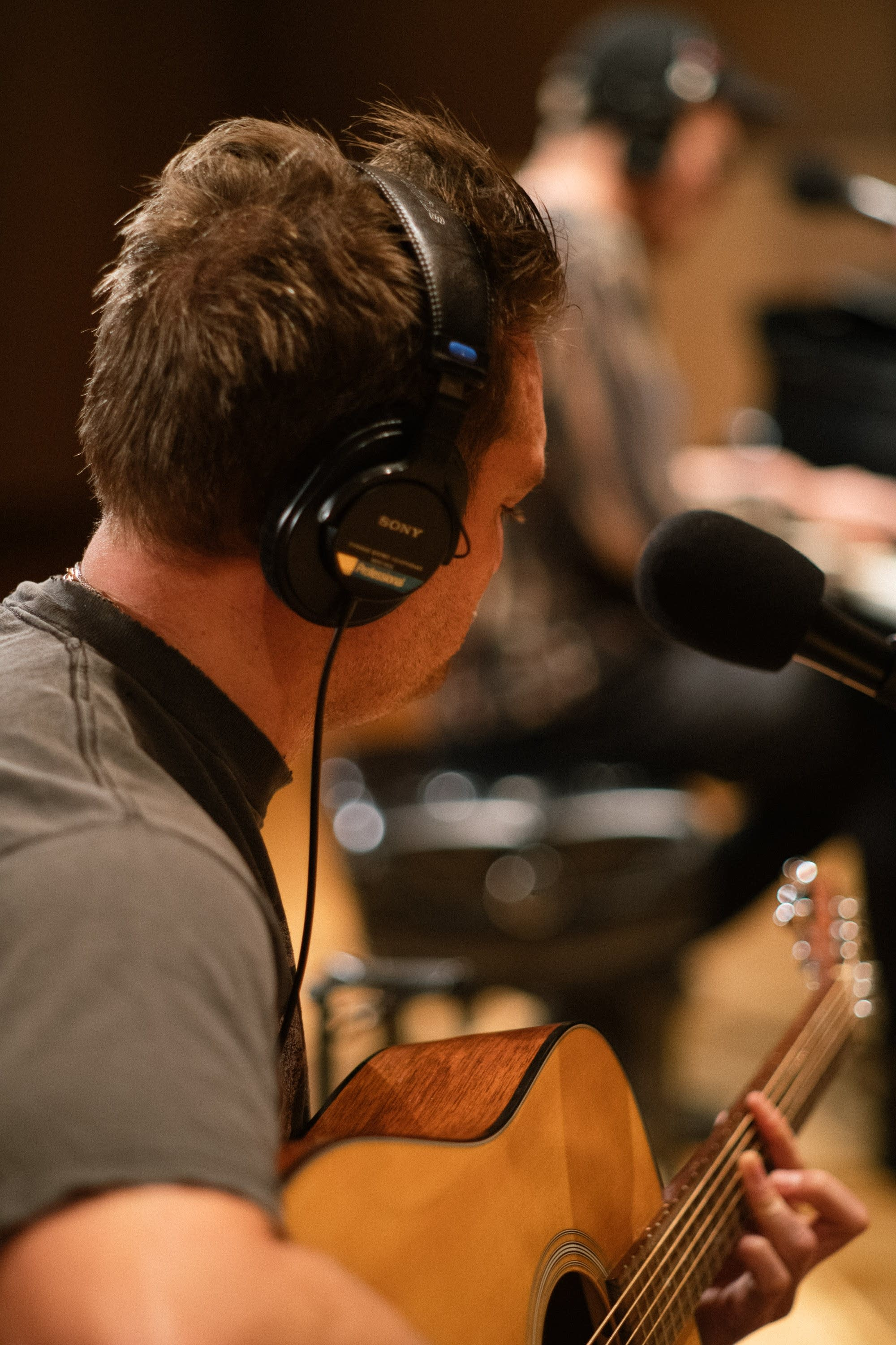 Nathan Willett and Matt Schwartz of Cold War Kids in studio