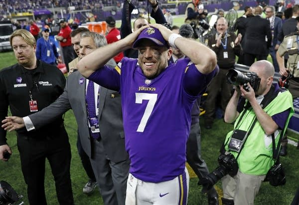Vikings quarterback Case Keenum (7) celebrates following a 29-24 win.