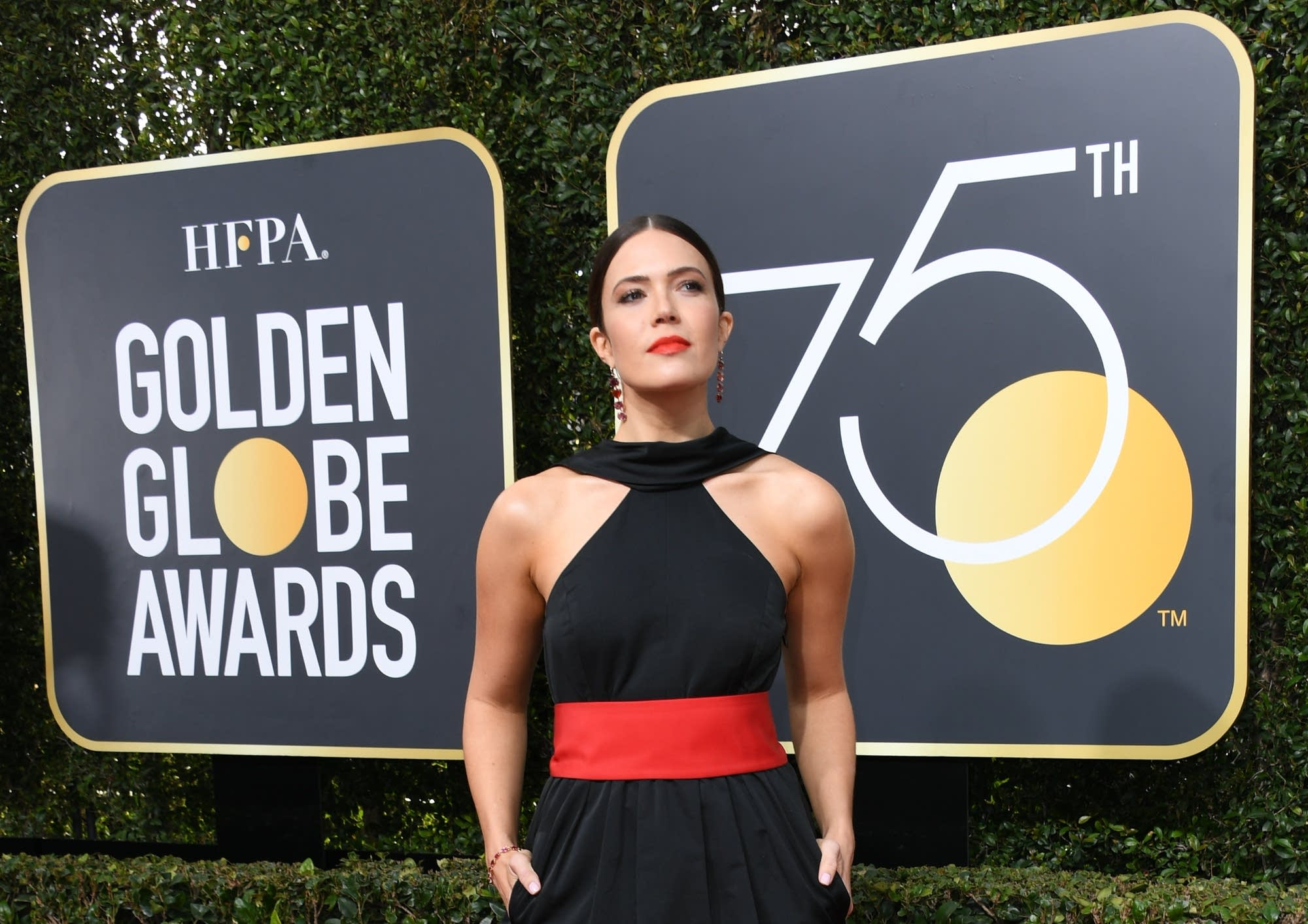 Mandy Moore on arrives for the 75th Golden Globe awards.