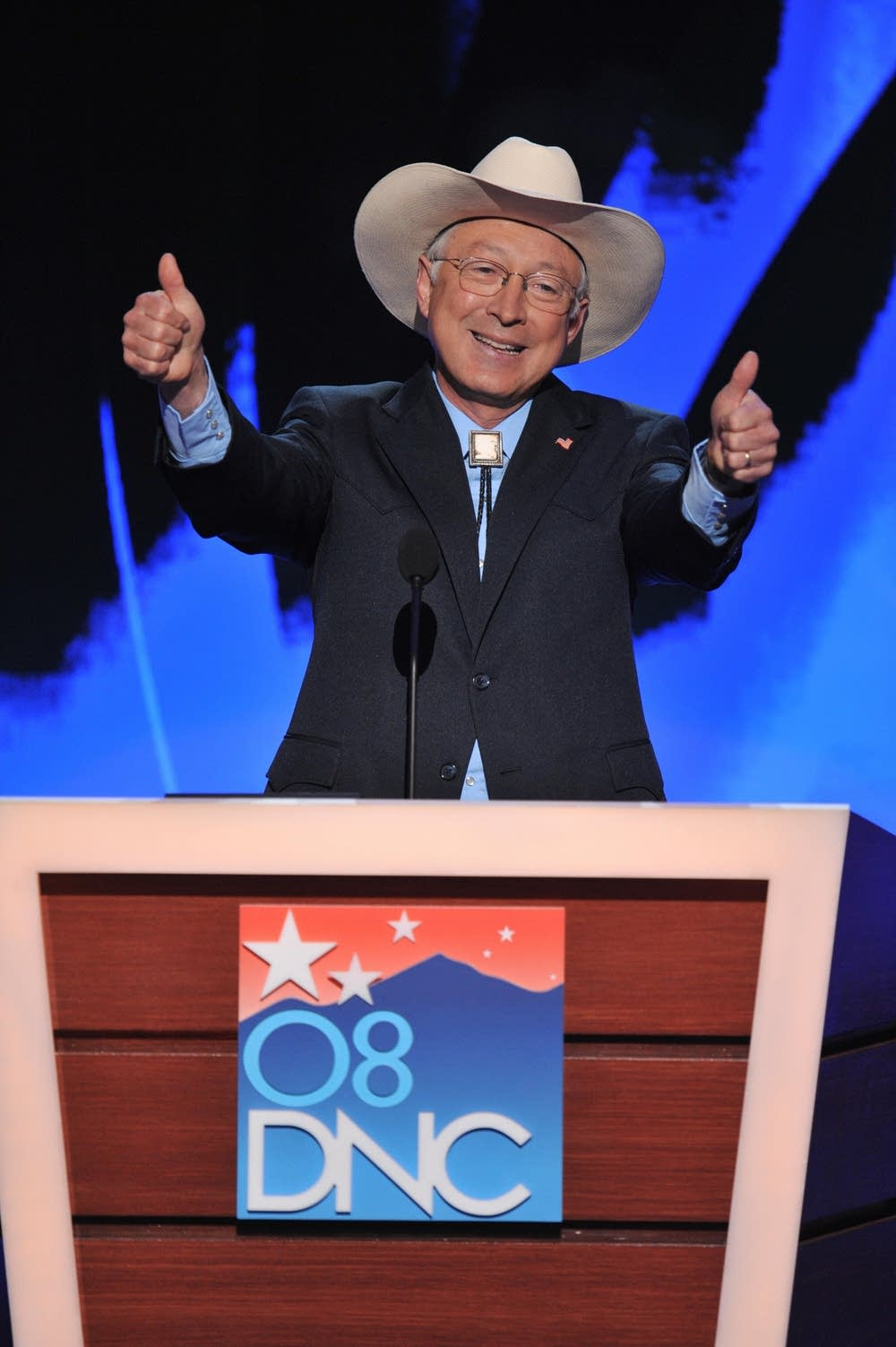 Ken Salazar gives Obama the thumbs up