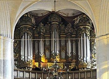 1736 Bielfeldt organ at Wilhade Kirche, Stade, Germany