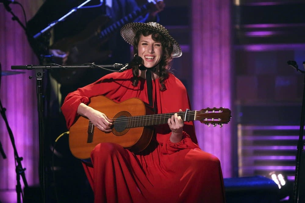 Aldous Harding performs on 'The Tonight Show Starring Jimmy Fallon'