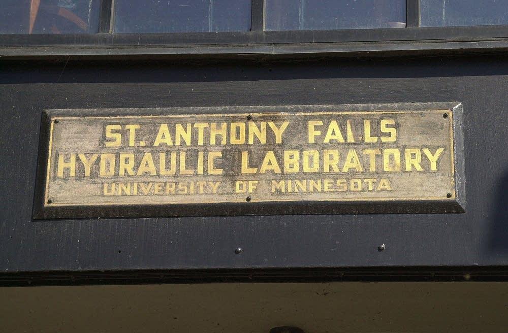 Hydraulic lab