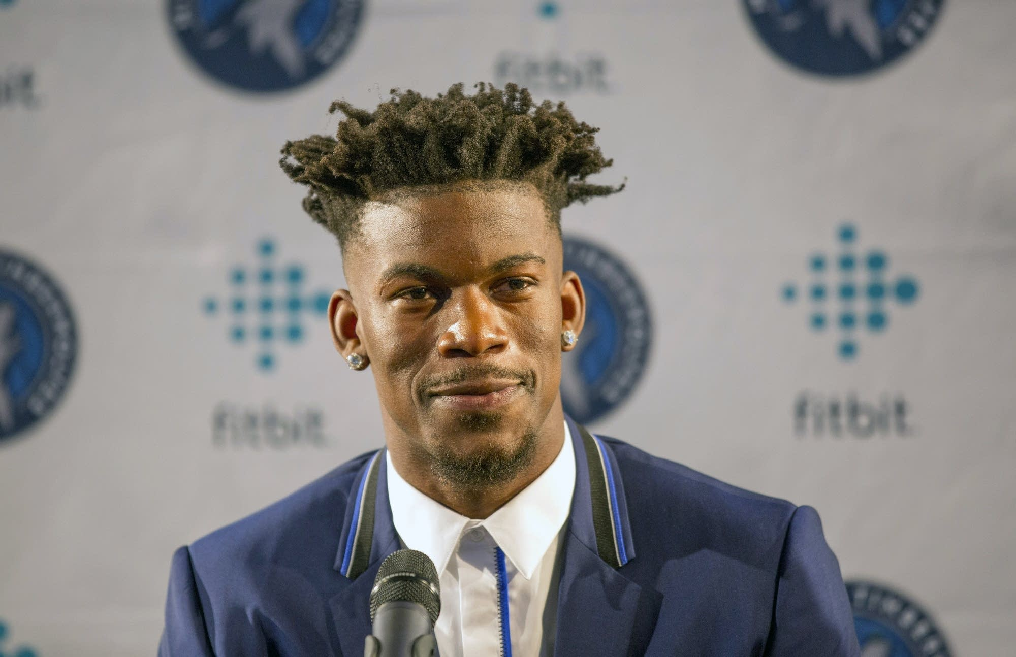 Jimmy Butler Fulfills Promise to Answer Fan Phone Calls