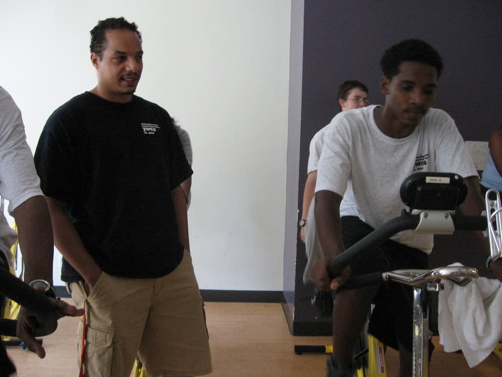 Personal trainer with spinning class