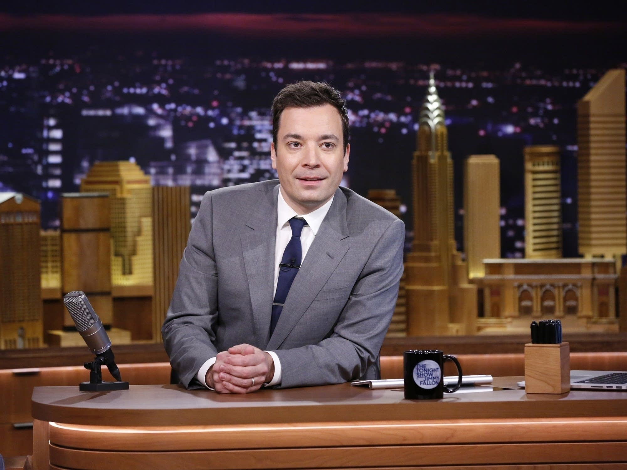 Jimmy Fallon Predicts The Super Bowl LII Champions - With Puppies