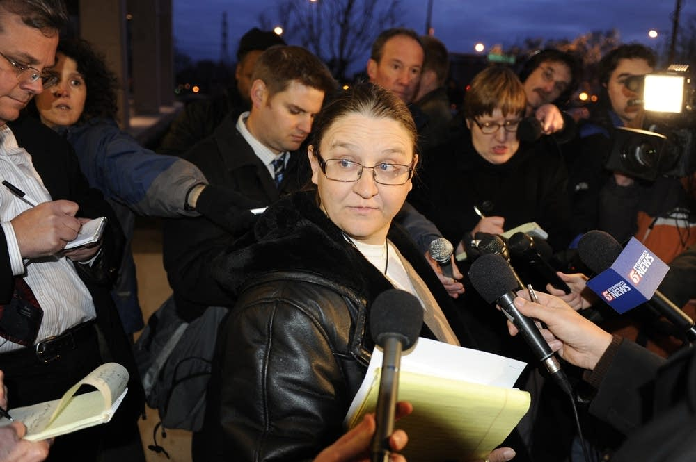 Jury forewoman Jolyne Cross