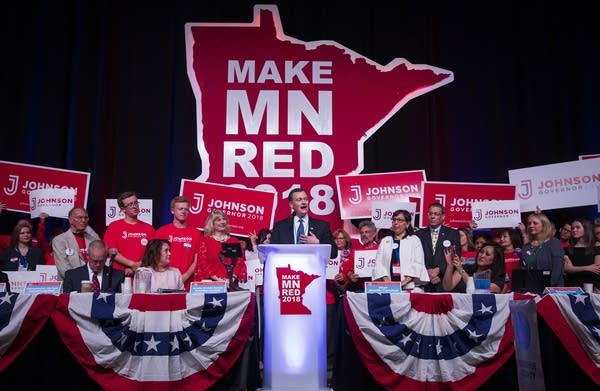 Republican gubernatorial candidate Jeff Johnson speaks to delegates.
