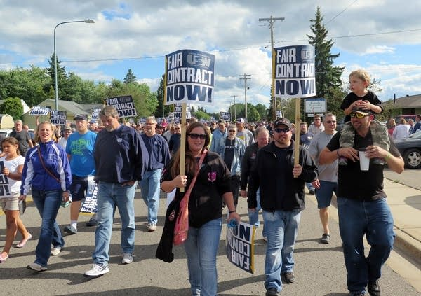 Iron workers marched in Virginia, Minn.