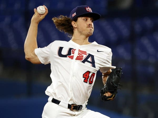 Republic of Korea v United States - Baseball - Olympics: Day 13